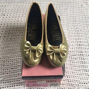 Vintage Sam & Libby Edelmen 9B Gold Bow Flats